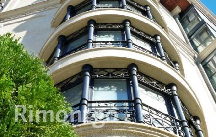 Exclusive penthouse apartment in one of the best areas of A Coruña.