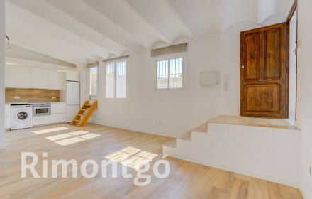 Penthouse for rent in the centre of Valencia.