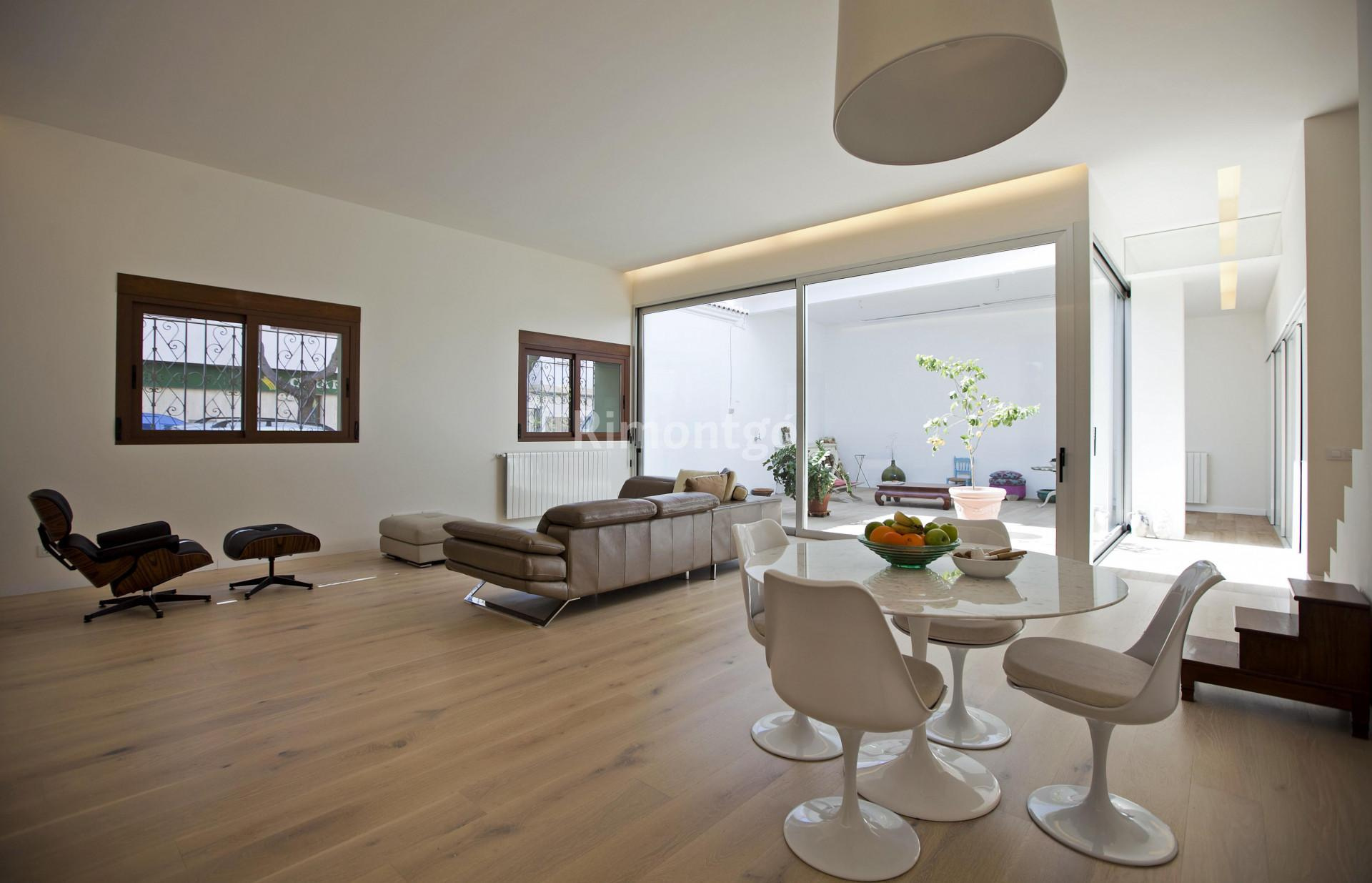 Luxury town house for sale in Picanya, Valencia