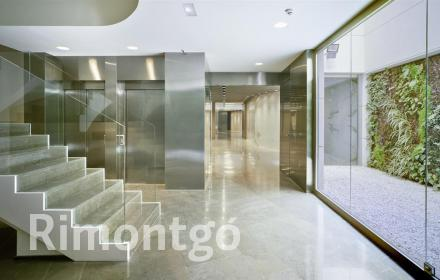 Newly built apartment in the centre of Valencia.