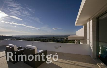 Villa with private garden and terrace with views in Los Monasterios, Puzol.